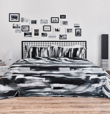 Brushstroke Cotton Bed Sheet – Black- With 2 pillow covers