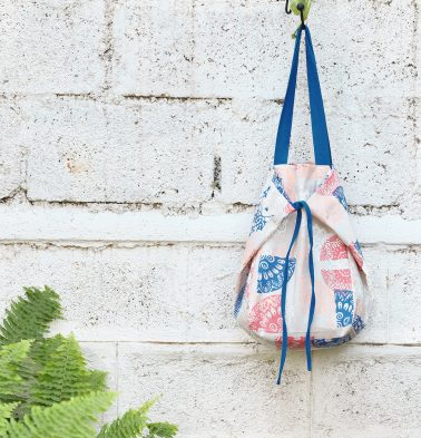Adaptable Cotton Tote Bag Scattered Print Blue